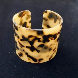 Faux tortoise shell wide cuff bracelet small